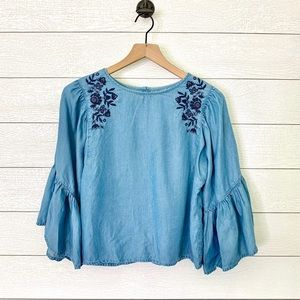 Hollister chambray floral embroidered top
